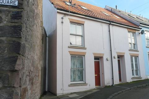 3 bedroom end of terrace house to rent - Well Square, Tweedmouth, Berwick upon Tweed, Northumberland