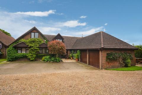 5 bedroom detached house for sale - Chearsley, Buckinghamshire