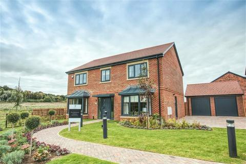 5 bedroom detached house for sale - *THE HARDWICK - LARGE SOUTH FACING GARDEN*, Salters Lane, Sedgefield, Durham