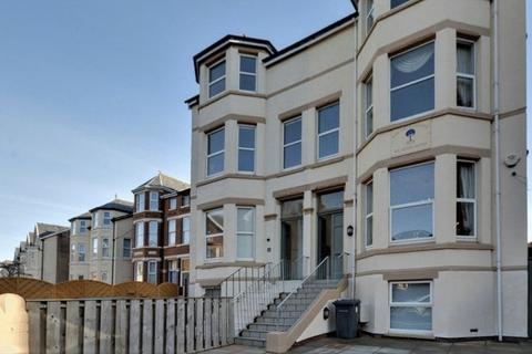 Guest house for sale - Irving Street, Southport