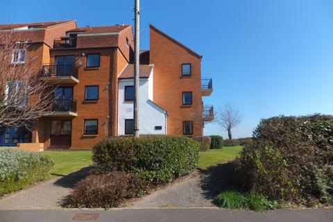 2 bedroom apartment to rent - Ferry Road, Eastney
