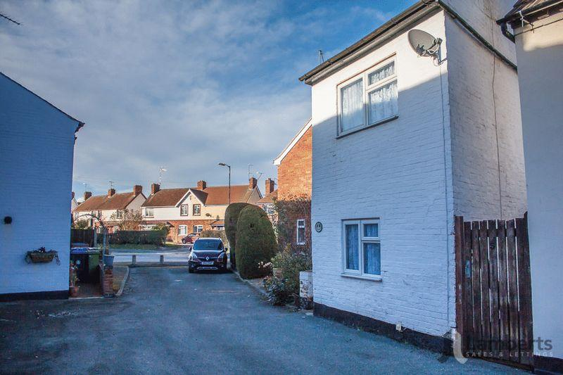 1 Bedroom Detached House for sale in Moorfields, Alcester