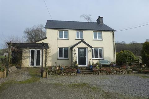 3 bedroom property with land for sale - Caio, Llanwrda