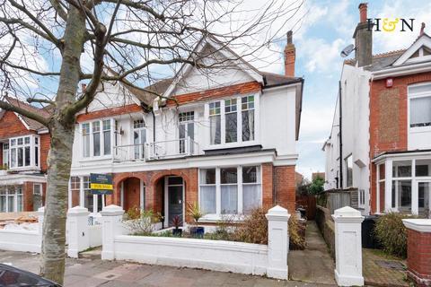 2 bedroom flat for sale - Carlisle Road, Hove