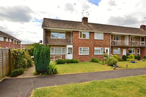 2 bedroom flat to rent - Vinters Park, Maidstone