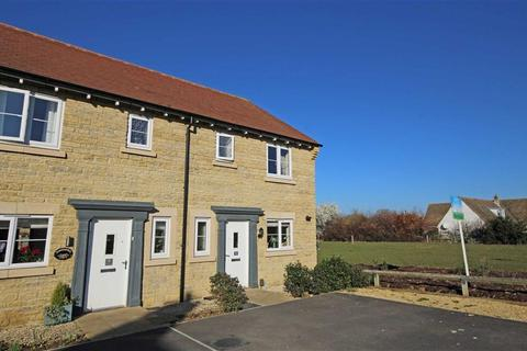 3 bedroom semi-detached house for sale - Nuthatch Drive, Bishops Cleeve, Cheltenham, GL52