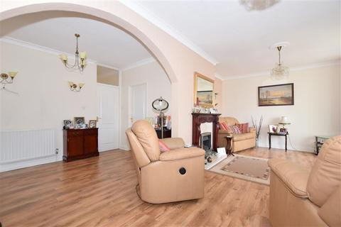 3 bedroom detached bungalow for sale - Kings Road, Minster On Sea, Sheerness, Kent