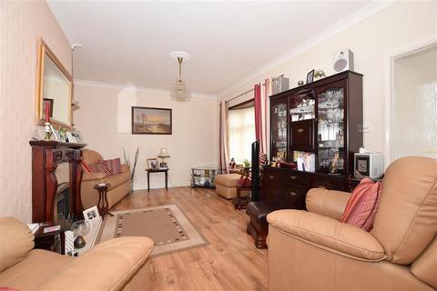 3 bedroom detached bungalow for sale - Kings Road, Minster On Sea, Sheerness, Kent