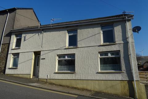 4 bedroom end of terrace house for sale - Commercial Street, Nantymoel, Bridgend, CF32 7NW