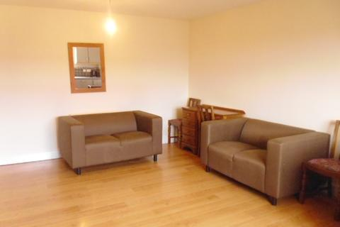 2 bedroom flat to rent - Student Property - Woodview Court, Walkley Lane, Sheffield S6