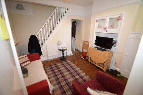 3 bedroom terraced house to rent - Student Property - Eastwood Road, Sheffield S11