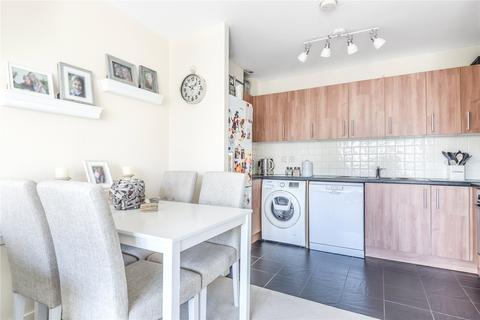 2 bedroom apartment for sale - Netherfield Place, Priestley Road, Basingstoke, Hampshire, RG24