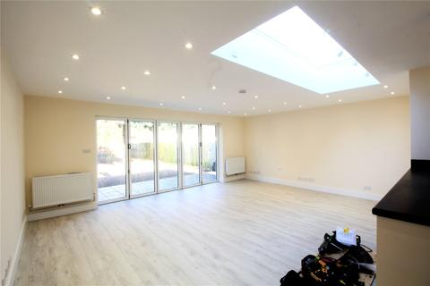 4 bedroom semi-detached house to rent - Bridges Road, Stanmore, HA7