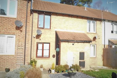 2 bedroom terraced house for sale - Grafton Close, Whitehill GU35