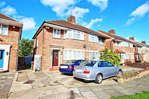 3 bedroom semi-detached house to rent - Wychwood Close, Edgware, Middlesex, HA8