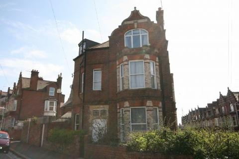 1 bedroom penthouse to rent - Exeter - Spacious 1 Bed top Floor Flat