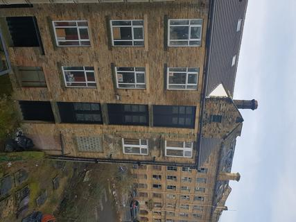 Property to rent - Longside lane, 4th Floor, Bradford West Yorkshire BD7