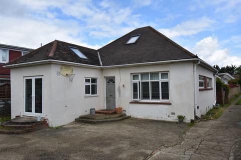 3 bedroom bungalow for sale - Fernbrook Avenue Sidcup DA15