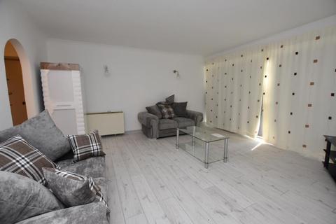 2 bedroom flat to rent - Elmwood Court, Pershore Road