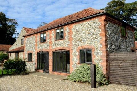 4 bedroom barn conversion to rent - Cley Road, Cley, Norfolk