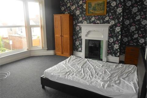 1 bedroom in a house share to rent - Beechwood Road, Uplands, Swansea,