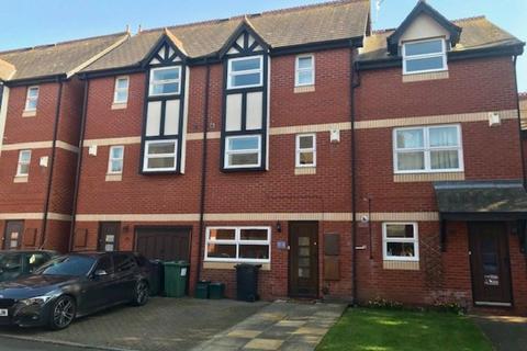 3 bedroom townhouse to rent - Colleton Mews, St Leonards