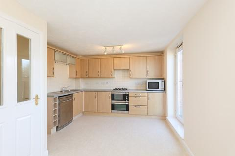 3 bedroom townhouse for sale - 22 Oxclose Park Way, Halfway, Sheffield S20 8GS