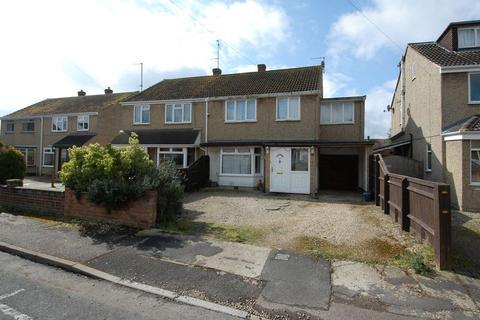 4 bedroom semi-detached house for sale - Orchard Way KIDLINGTON