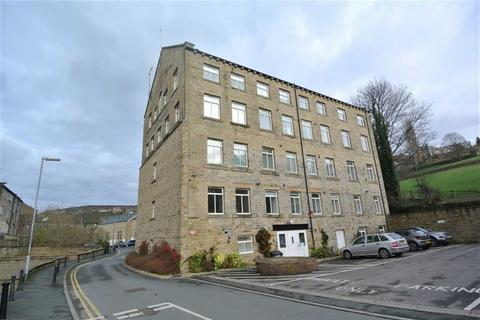 2 bedroom apartment to rent - Lower Mill Lane, Holmfirth, HD9