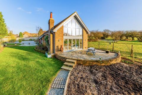 4 bedroom barn for sale - Mogador Road, Lower Kingswood, KT20