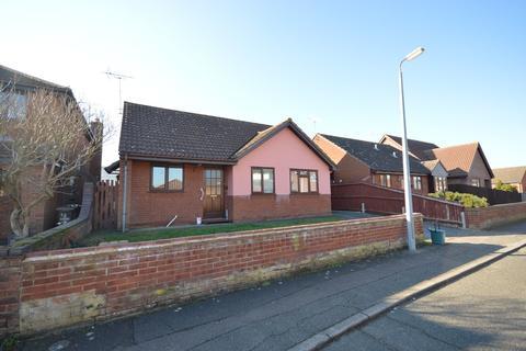 3 bedroom detached bungalow for sale - Harvest End, Stanway
