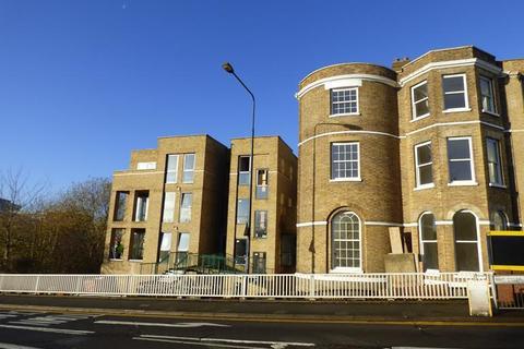 1 bedroom flat to rent - Lenworth House, Ashford Road, Maidstone, Kent, me14 5ea
