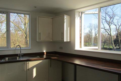 3 bedroom apartment to rent - Pound Tree Road