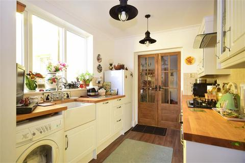 2 bedroom terraced house for sale - West Street, Deal, Kent