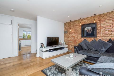 3 bedroom flat for sale - Loyal Parade, Brighton, East Sussex. BN1 5GG