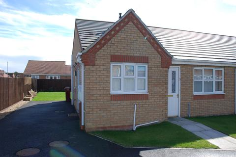 2 bedroom semi-detached bungalow to rent - Celandine Close, South Killingholme, North Lincolnshire, DN40