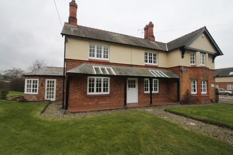 3 bedroom detached house to rent - Long Lane , Haughton, Cheshire CW6