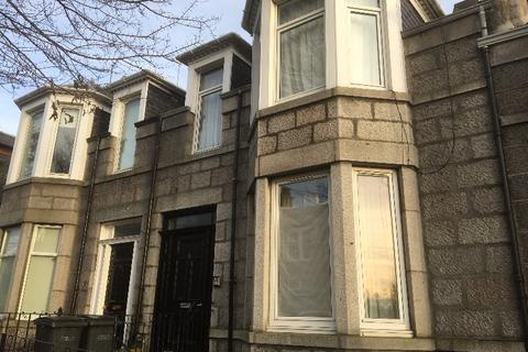 7 bedroom flat to rent - Sunnyside Road, Old Aberdeen, Aberdeen, AB24 3NE