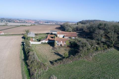 Barn for sale - Gallow Hill Farm
