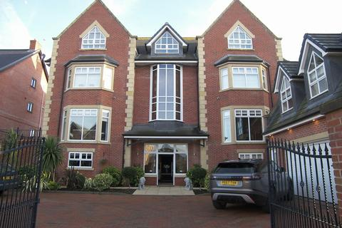 6 bedroom detached house for sale - Victory Boulevard Lytham Lytham St Annes