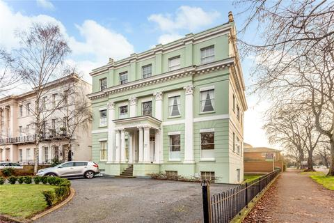 2 bedroom character property to rent - Kenilworth House, 27 Pittville Lawn, Cheltenham, Gloucestershire, GL52
