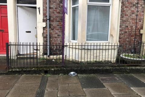 2 bedroom flat for sale - 295 Stanton Street