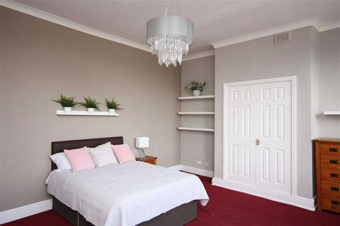 7 bedroom house share to rent - The Crescent, Salford