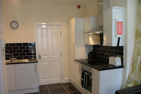 1 bedroom flat to rent - Exchange Alley