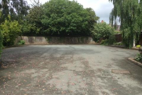 3 bedroom property with land for sale - Oswestry