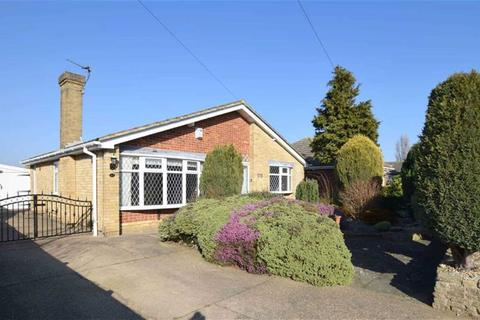 3 bedroom detached bungalow for sale - Hewson Road, Humberston, North East Lincolnshire
