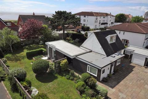 4 bedroom detached bungalow for sale - Clifton Drive, Lytham