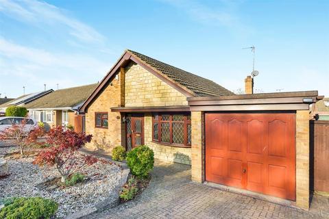 3 bedroom detached bungalow for sale - Milford Avenue, Stony Stratford, Milton Keynes