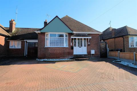 2 bedroom semi-detached bungalow for sale - Elm Wood West, Whitstable