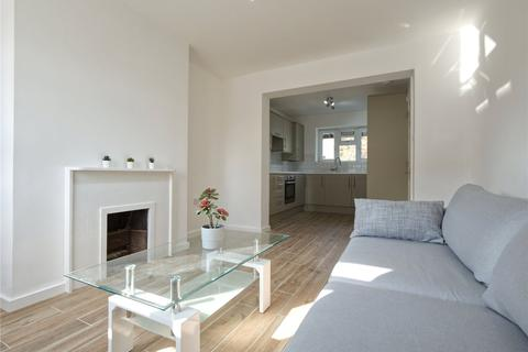 4 bedroom flat to rent - Welford Court, Castlehaven Road, London, NW1